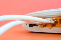 Internet via fibra óptica: entenda o que é e como funciona!